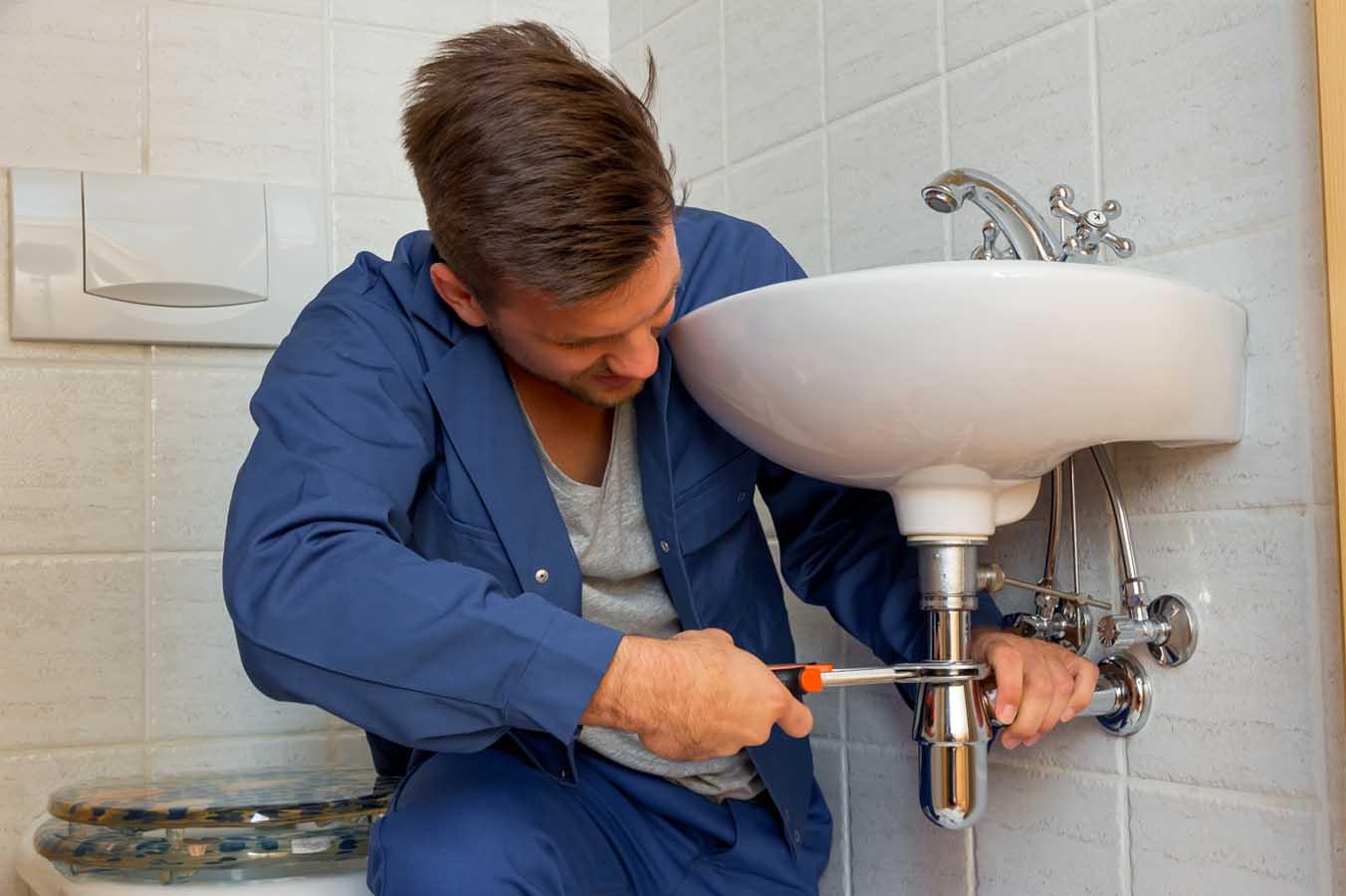 Déboucher rapidement votre plomberie
