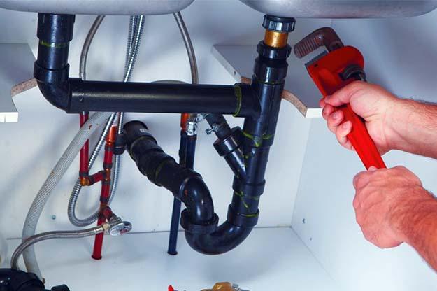 Raccorder la plomberie de l'évier puis-je brancher deux thermostats à un four